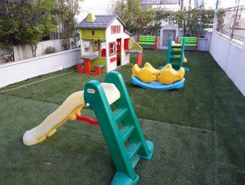 Μια πιο όμορφη αυλή για τα παιδιά!